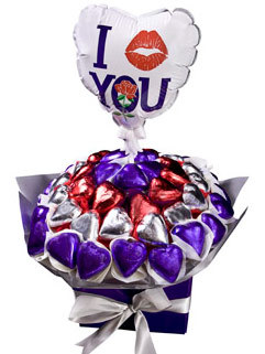 Sweet Love - Valentines Day Gift - FREE BALLOON