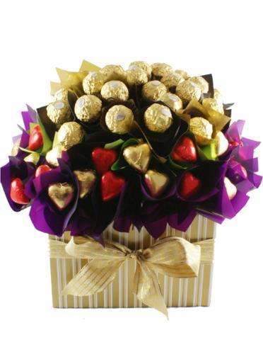 flowers-of-ferrero-easter-gift-hamper