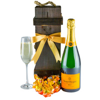 Victorious - Champagne Gift Hamper